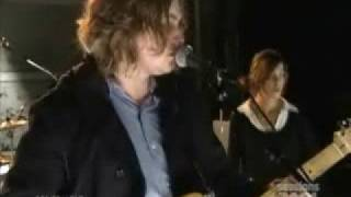 Watch Zutons Railroad video