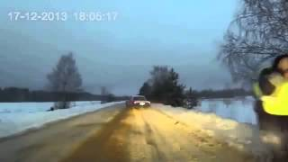 Прикол! Водитель на ВОЛГЕ ушел от ДПС   Street Racer on the left of the chase