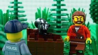 LEGO City Jungle Robbery STOP MOTION LEGO Catch The Crooks! | LEGO City | By Billy Bricks