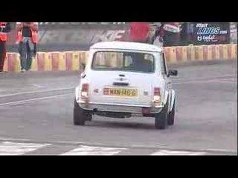 Russ Swift drives Team 21's Italian Job Mini at IOM TT 2007