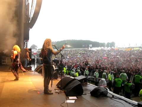 Steel Panther @ Download 2010 - I Want It That Way / Asian Hooker