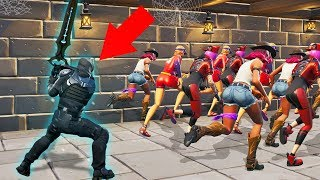 DON'T Get CAUGHT By The HUNTER! (Fortnite Dead By Daylight)