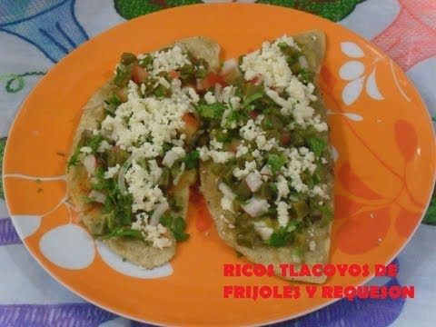 RIQUISIMOS TLACOYOS DE FRIJOL Y REQUESON. ( LOS ANGELES COCINAN )