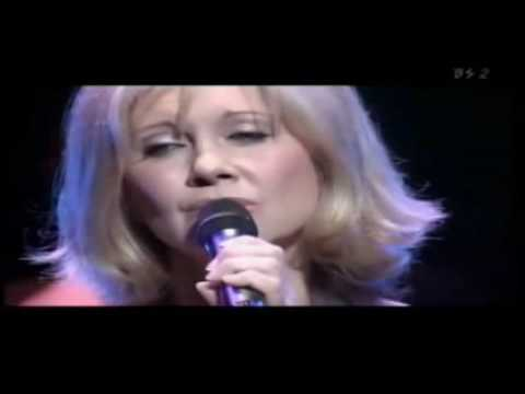 Olivia Newton-John - Closer To Me