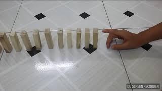 Domino bằng trò chơi rút gỗ