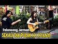 download lagu      Dari Germany||Semua Penonton  Betepuk Gemuruh Dengar cricle Nyanyi..Sedap Petikan Gitar dia    gratis