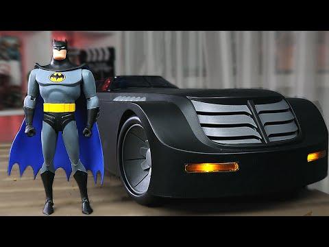 БЭТМОБИЛЬ и Фигурка БЭТМЕНА (Batman: The Animated Series)