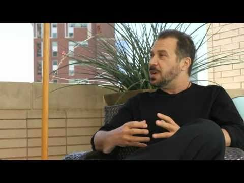LOVE AND OTHER DRUGS Director Edward Zwick Exclusive Interview With Bigfanboy.com