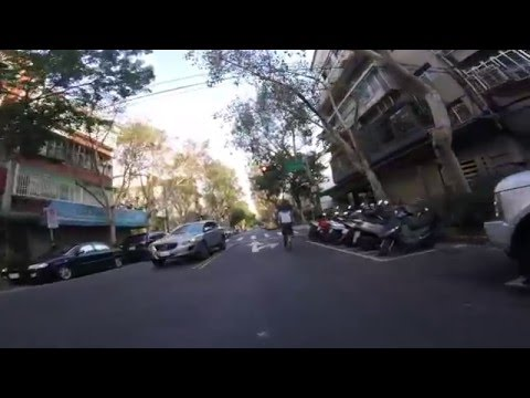 GoPro HERO 4 Session 輕巧版:單車行車記錄器白天範例