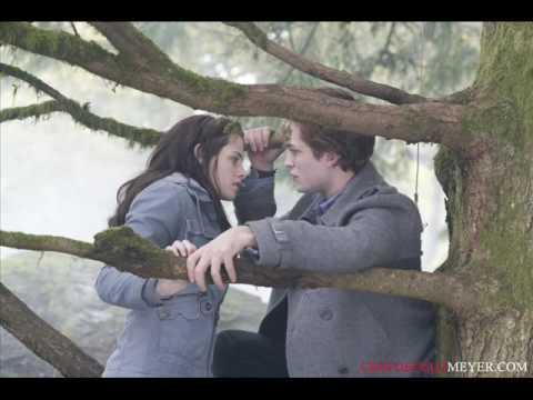 Twilight - Crepúsculo   Edward Tocando Piano Para Bella   Edward Playing Piano For Bella video