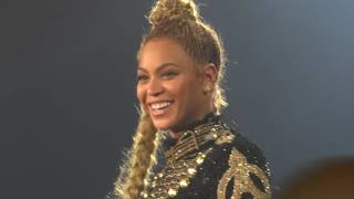 Beyoncé - Love on Top (Live Formation World Tour, Dusseldorf - Germany) Front Row HD