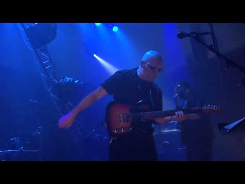 6. Us and Them - Pink Floyd Tribute [Dark Side of the Moon]