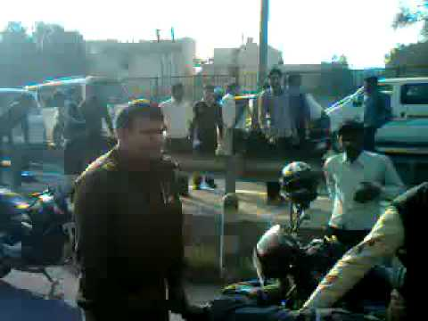 Accident Victim Helped by Gurgaon Traffic Police