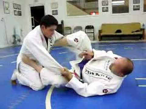 BJJ Instruction: Spider Guard Sweep 01 Image 1