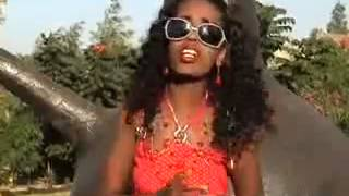 Warite Furi - Safuun sodaadhe (Oromo Music)