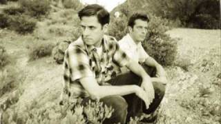 Watch Calexico Clothes Of Sand video