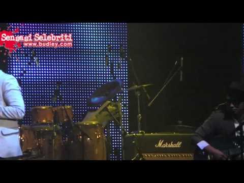 Lawak Ungu di Konsert Mega Bintang