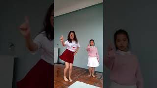All about that bass_Dance cover by Quynh euro and sis