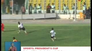 National Midget Football Team Thrills Fans