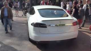 Tesla Model S pearl white performance