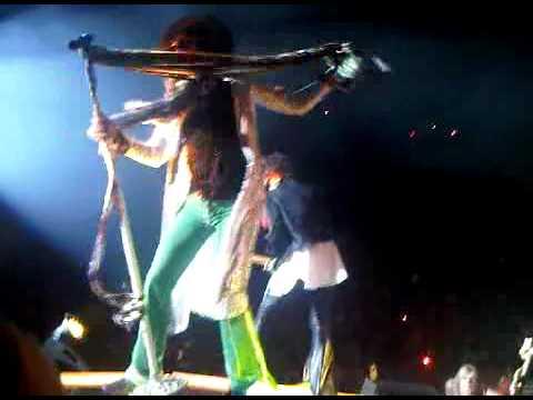 Aerosmith's steven tyler falls off stage Toronto American Idol