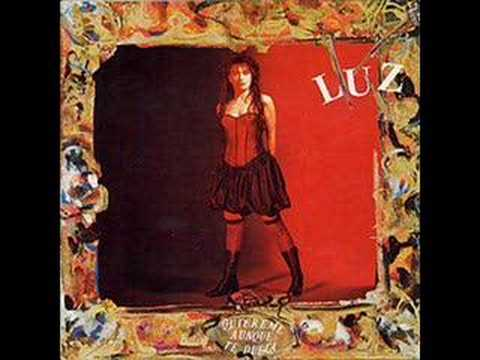Luz Casal - Quiereme Aunque Te Duela