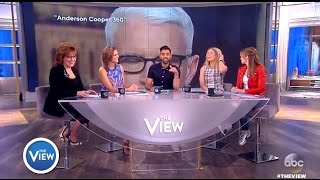 """Was Anderson Coopers """"Eye Roll"""" At CONWAY Sexist? (The View)"""
