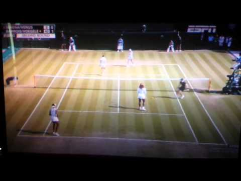 [Top Story] Serena Williams disoriented at Wimbledon 2014