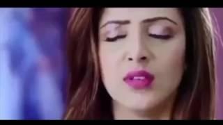 Indian Actress Hot navel saree