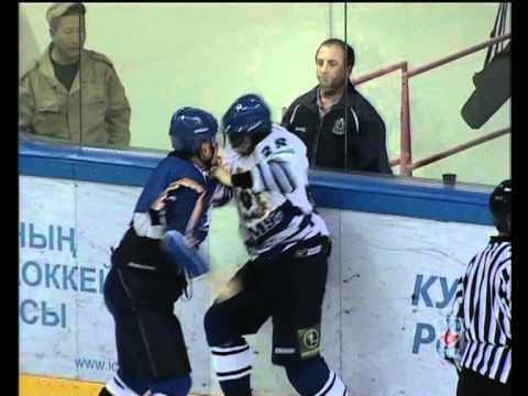 Valeev I vs Peretyagin S Hockey Brawl  Fight (Хоккейная Драка)