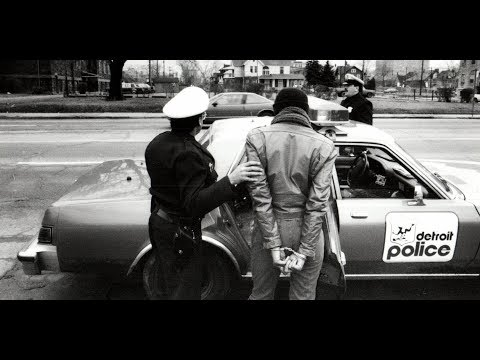 Detroit bankruptcy documentary on Crime: Gangs, drug dealers, decline of the economy