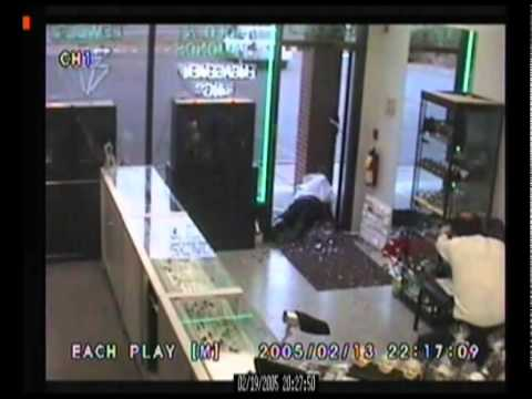 Armed robbers get owned by Marine