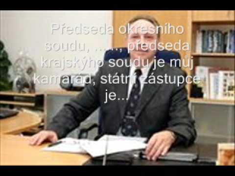Tajemník magistrátu vydírá ředitele Správy domů