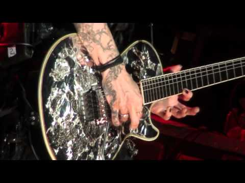 X-Japan Silent Jealousy Sugizo Guitar Solo (Live at Oakland Fox Theater) HD