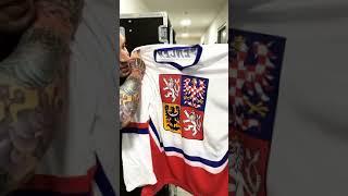 Jeremy Spencer received the Czech hockey jersey