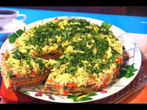 Закусочный торт из селедки на вафельных коржах./ Snack cake herring