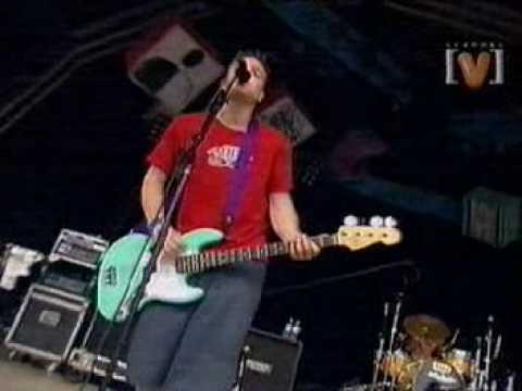 Blink-182 - Going Away To College Live