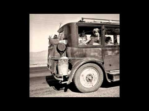 "Ampico's 1929 Depression Era Christmas Greetings"" Twilight Music"" with Slideshow"
