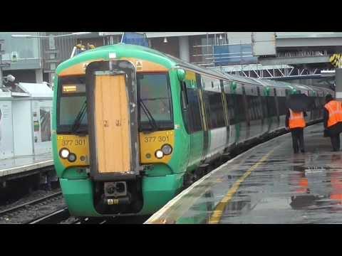 377301 + 377308 Depart London Bridge For West Croydon