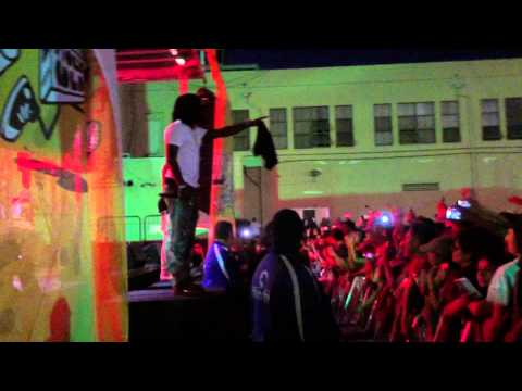 Travis Scott & Chief Keef - Nightcrawler (Live At Fool's Gold Day Off)