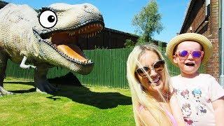 Gaby and Alex React at Giant Dinosaur Park