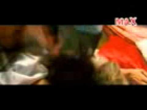 Tanushree Dutta Hot In Bedroom video