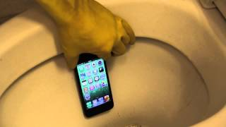 Apple iPhone 5 - Toilet Flush Test