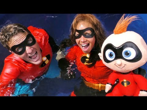 The Incredibles 2 Dunk Tank Toy Challenge Elastigirl Vs. Mr Incredible !     Toy Review    Konas2002