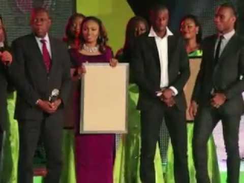 Yaya Touré joueur africain de l'année devant Drogba et Song