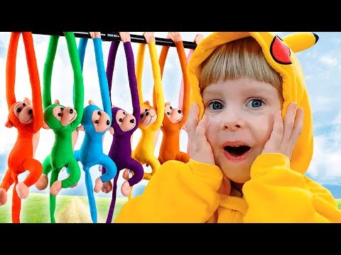 Funny baby play with mom under a funny song Five little Monkey Jumping on the bed for children Compi