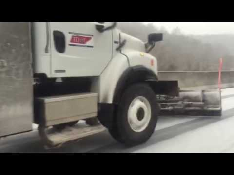 Raw: Tennessee transportation truck on Briley Pkwy