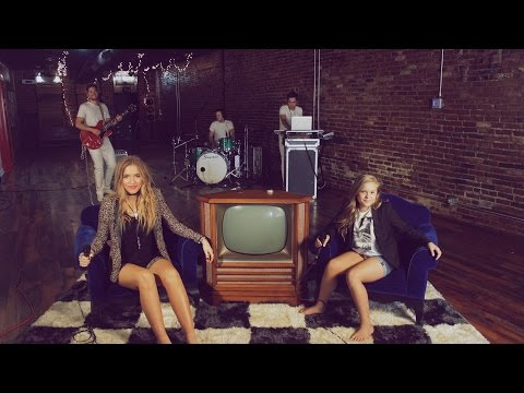 Lennon & Maisy  Aint No Rest For The Wicked  Cage The Elephant