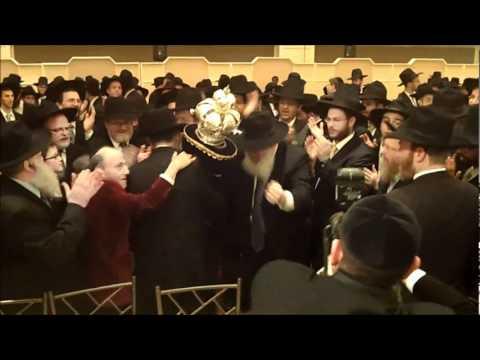 YESHIVA DERECH CHAIM HACHNOSOS SEFER TORAH