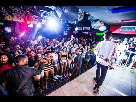 ASLAY ALIVYOFANYIWA SUPRISE NA ENOCK BELLA ON STAGE thumbnail
